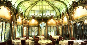 One of the many Belle Epoque etablishments in Paris